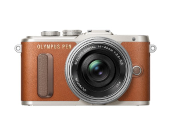 Olympus E-PL8 Pancake Zoom Kit Brun E-PL8 + EZ-M1442EZ Sølv